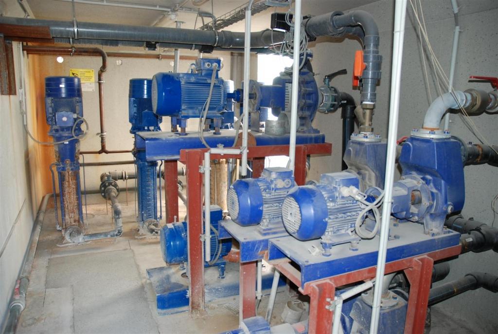 KROMBERG & SCHUBERT - Pumpenstation mit zahlreichen Hochdruckpumpen